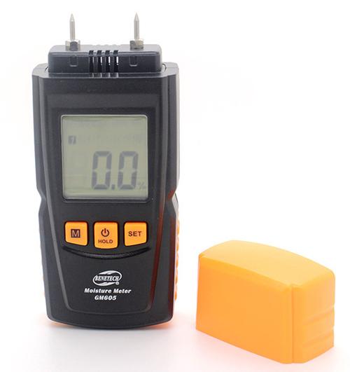 เครื่องวัดความชื้นไม้ GM605