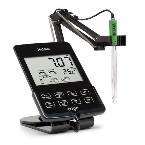 pH Meter แบบตั้งโต๊ะรุ่น HI2020